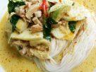 ข้อมูลโภชนาการ ใน ขนมจีนแกงเขียวหวานไก่ 1 ชาม ให้พลังงานทั้งสิ้น เท่ากับ