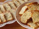 ข้อมูลโภชนาการ ใน ขนมปังกระเทียม 1 ชิ้น ให้พลังงานทั้งสิ้น เท่ากับ