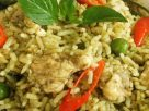 ข้อมูลโภชนาการ ใน ข้าวผัดแกงเขียวหวานไก่ 1 จาน ให้พลังงานทั้งสิ้น เท่ากับ