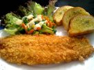 ข้อมูลโภชนาการ ใน ปลาชุบขนมปังทอด + สลัดผัก 1 จาน ให้พลังงานทั้งสิ้น เท่ากับ