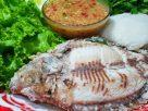 ข้อมูลโภชนาการ ใน ปลานิลเผา-ปลาทับทิมเผา 1 ตัว ให้พลังงานทั้งสิ้น เท่ากับ