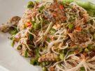 ข้อมูลโภชนาการ ใน ยำขนมจีน 1 จาน ให้พลังงานทั้งสิ้น เท่ากับ