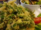 ข้อมูลโภชนาการ ใน ยำผักบุ้งทอดกรอบ 1 จาน ให้พลังงานทั้งสิ้น เท่ากับ