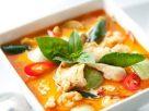 ข้อมูลโภชนาการ ใน แกงเผ็ดไก่ใส่มะเขือ 1 ถ้วย ให้พลังงานทั้งสิ้น เท่ากับ